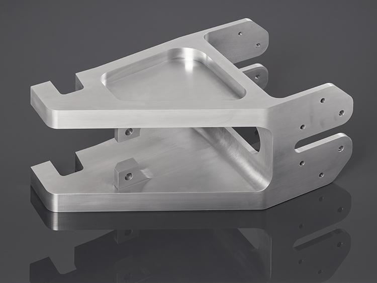 Irmscher Factory Produkte 5 Achs Frästeil Aluminium 5.2