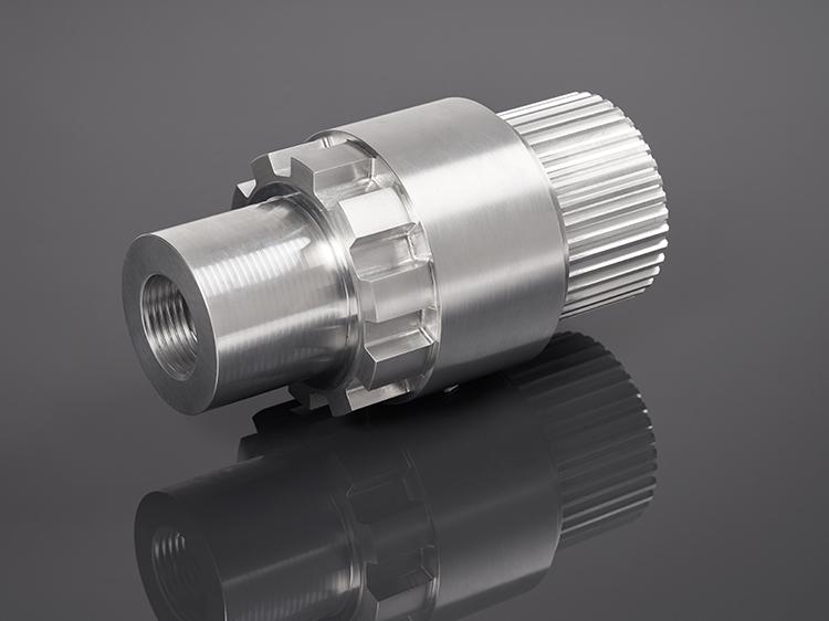 Irmscher Factory Produkte Drehteil Verzahnung Aluminium